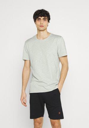 GRANT CREW NECK - Basic T-shirt - smoke