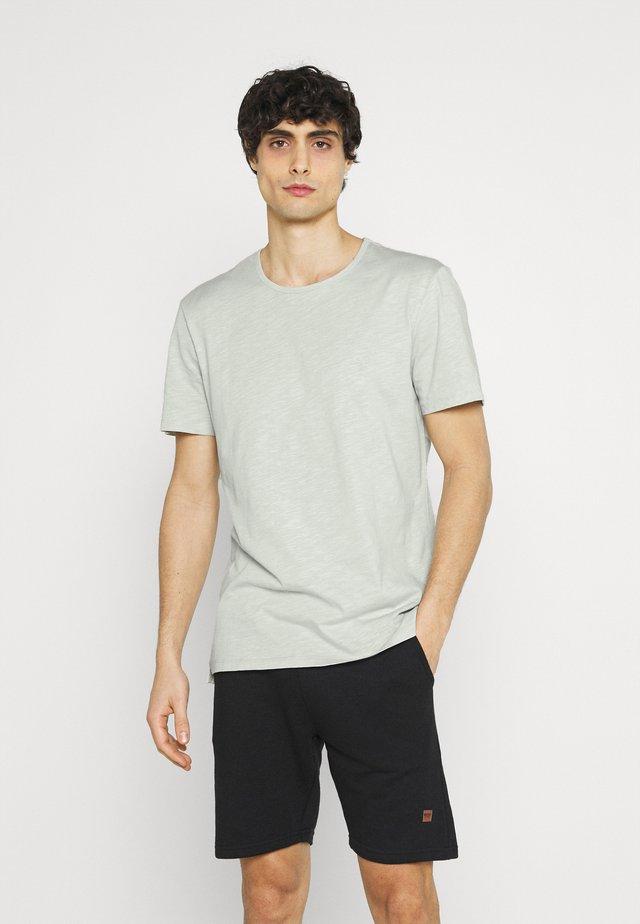 GRANT CREW NECK - T-shirt basic - smoke