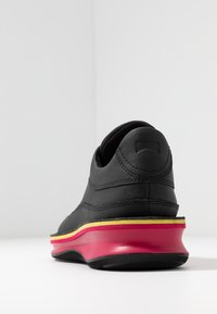 Camper - ROLLING - Mocasines - black - 5