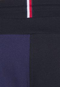 Tommy Hilfiger - BLOCKED TERRY CUFFED PANT - Pantaloni sportivi - blue - 2