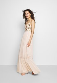 Needle & Thread - MAGDALENA BODICE CAMI GOWN EXCLUSIVE - Ballkleid - meadow pink - 1