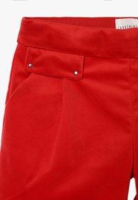 Carrement Beau - ZEREMONIE - Shorts - rot - 3