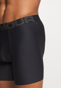 Under Armour - 2 PACK - Shorty - black - 4