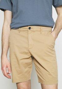 Hollister Co. - Shorts - light khaki - 3