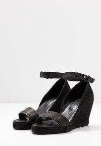 WEEKEND MaxMara - RAGGIO - High heeled sandals - schwarz - 4
