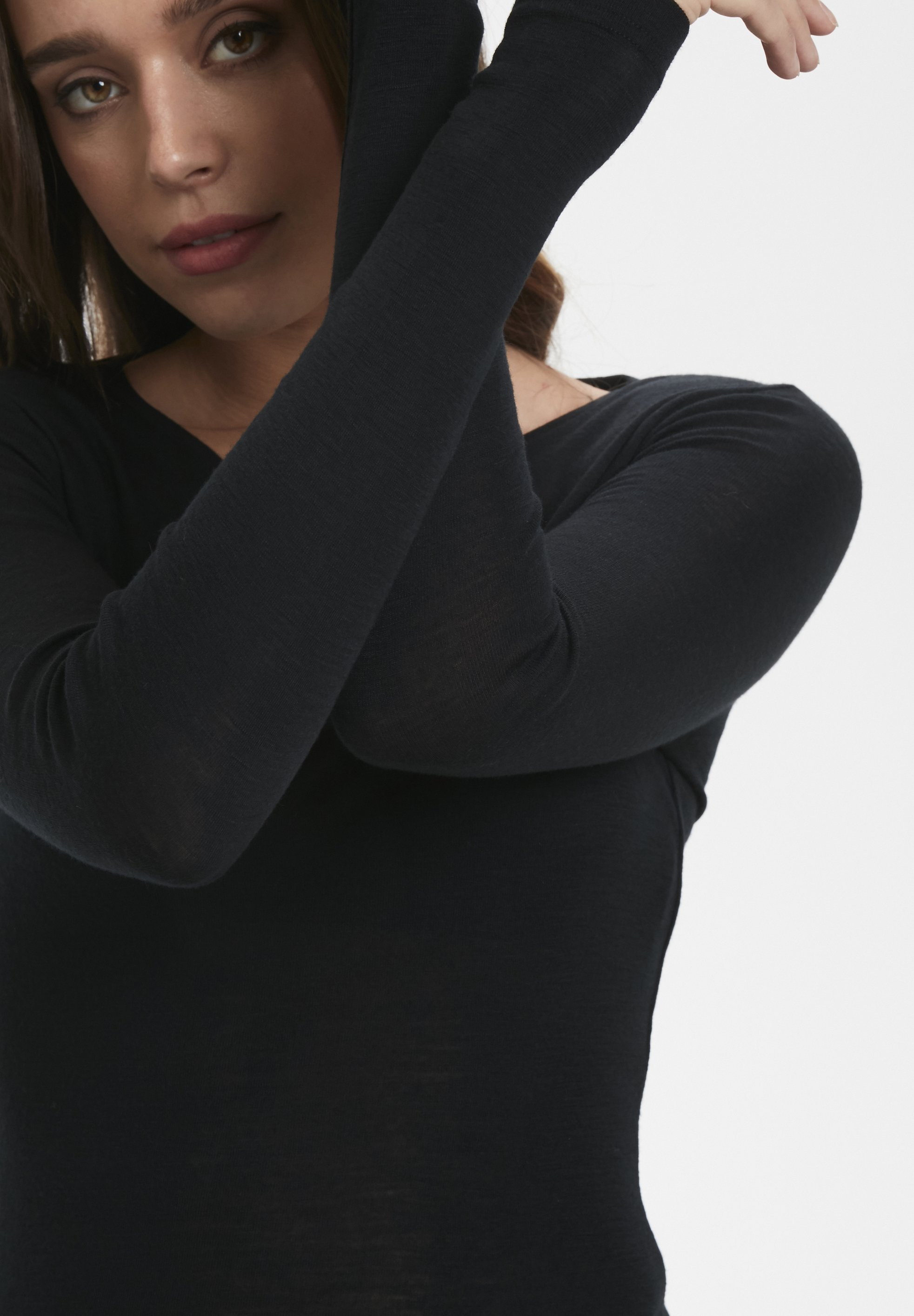 Purchase Women's Clothing Gestuz WILMAGZ  Long sleeved top black URoNVkukw