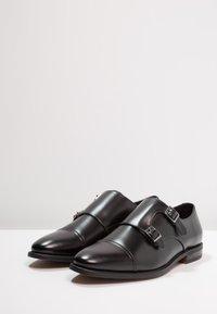 Zalando Essentials - Business loafers - black - 2