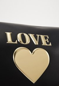 Love Moschino - BORSA - Sac week-end - black - 4