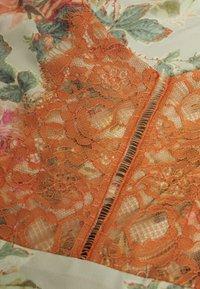 Hope & Ivy Petite - PETITE - Vestito elegante - white/orange - 2