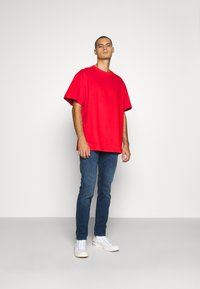 Weekday - GREAT - T-shirt - bas - red - 1