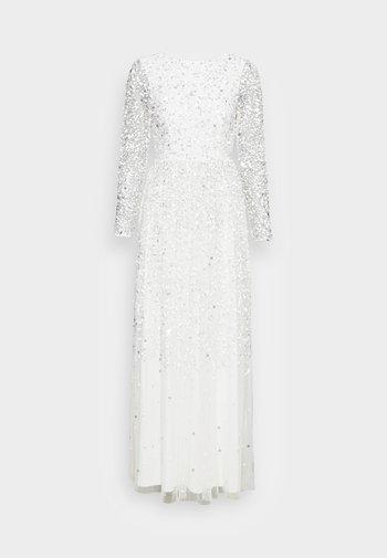 SCOOP BACK ALL OVER EMBELLISHED BRIDAL DRESS - Společenské šaty - white