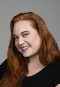 Nyx Professional Makeup - CAN'T STOP WON'T STOP FOUNDATION - Foundation - 1-märz light porcelain - 2