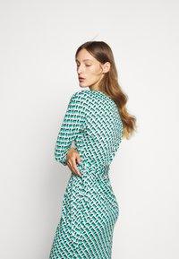 Diane von Furstenberg - ISADORA - Vapaa-ajan mekko - green - 3