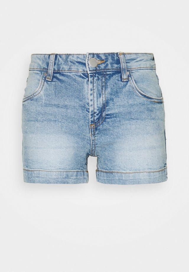 MID RISE CLASSIC - Shorts vaqueros - brighton blue