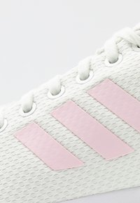 adidas Originals - ZX FLUX - Trainers - white/clear pink/core black - 2