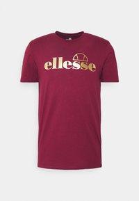 Ellesse - MAGI - Print T-shirt - burgundy - 4
