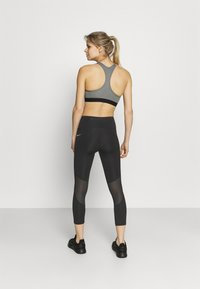Nike Performance - EPIC FAST CROP - Tights - black/silver - 2