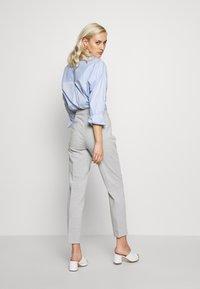 Esprit Collection - SLIM SUITING - Bukse - light grey - 2