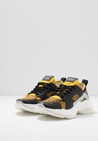 Steve Madden - AJAX - Sneakers - yellow - 4