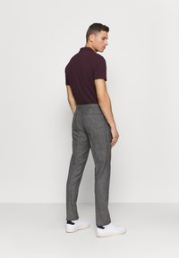 Tommy Hilfiger Tailored - SLIM FIT SEPARATE PANT - Suit trousers - grey - 2