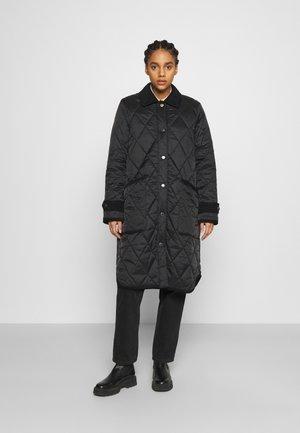 HOXTON QUILT - Classic coat - black/saturnalia