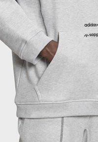 adidas Originals - HOODIE - Hoodie - grey - 6