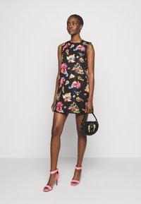 Versace Jeans Couture - LADY DRESS - Sukienka letnia - black - 1