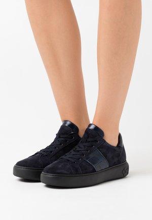 ILENA - Sneakers laag - navy