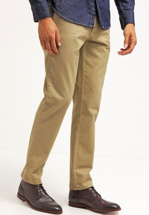 CLEAN KHAKI MARINA EXTRA SLIM - Chinosy - new british khaki