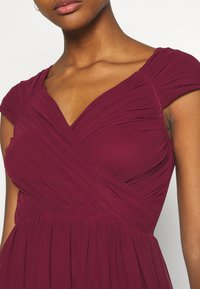 Nly by Nelly - CAP SLEEVE MAXI GOWN - Occasion wear - burgundy - 5