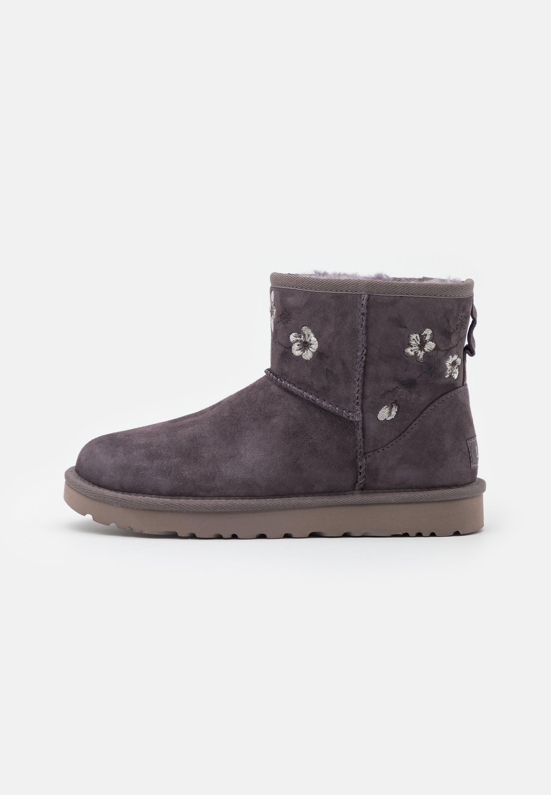 Women CLASSIC MINI BLOSSOM - Classic ankle boots