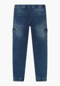 Blue Effect - BOYS JEANS - Pantalones cargo - medium blue - 1