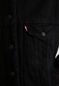 Levi's® - SHERPA TRUCKER - Denim jacket - forever black - 6