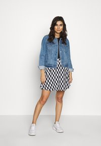 Calvin Klein Jeans - CHECKER BOARD SKIRT - A-line skirt - black/white - 1