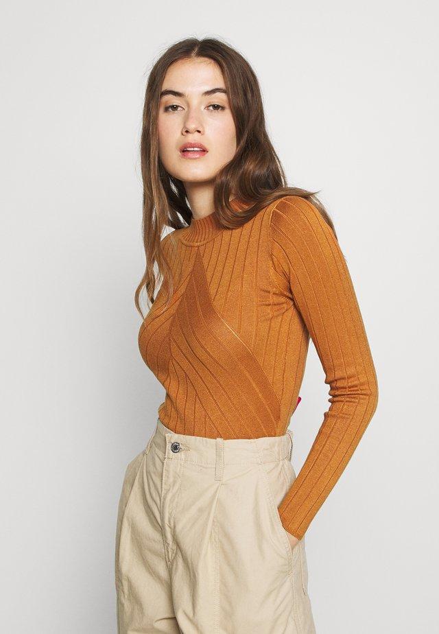 JDYKATE - Strickpullover - brown