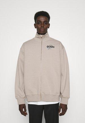 032C X ZALANDO ZIP-UP MOCK NECK UNISEX - Sweater met rits - greyish