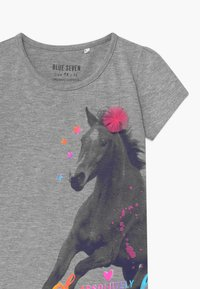 Blue Seven - SMALL GIRLS HORSE - Triko spotiskem - mittelgrau - 2