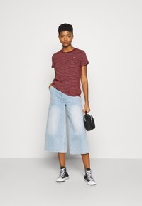 Levi's® - PERFECT TEE - T-shirts basic - marta madder brown - 1