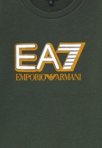 Emporio Armani - EA7 - Sweatshirt - khaki - 2