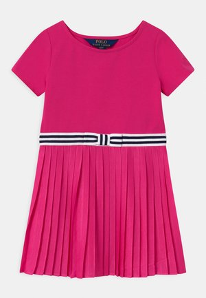 PLEATED DRESSES - Vestito di maglina - accent pink