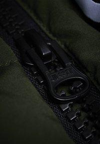 JACK1T - RESCUE  - Gewatteerde jas - green - 4