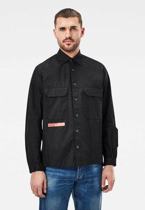 MULTIPOCKET RELAXED - Overhemd - dk black