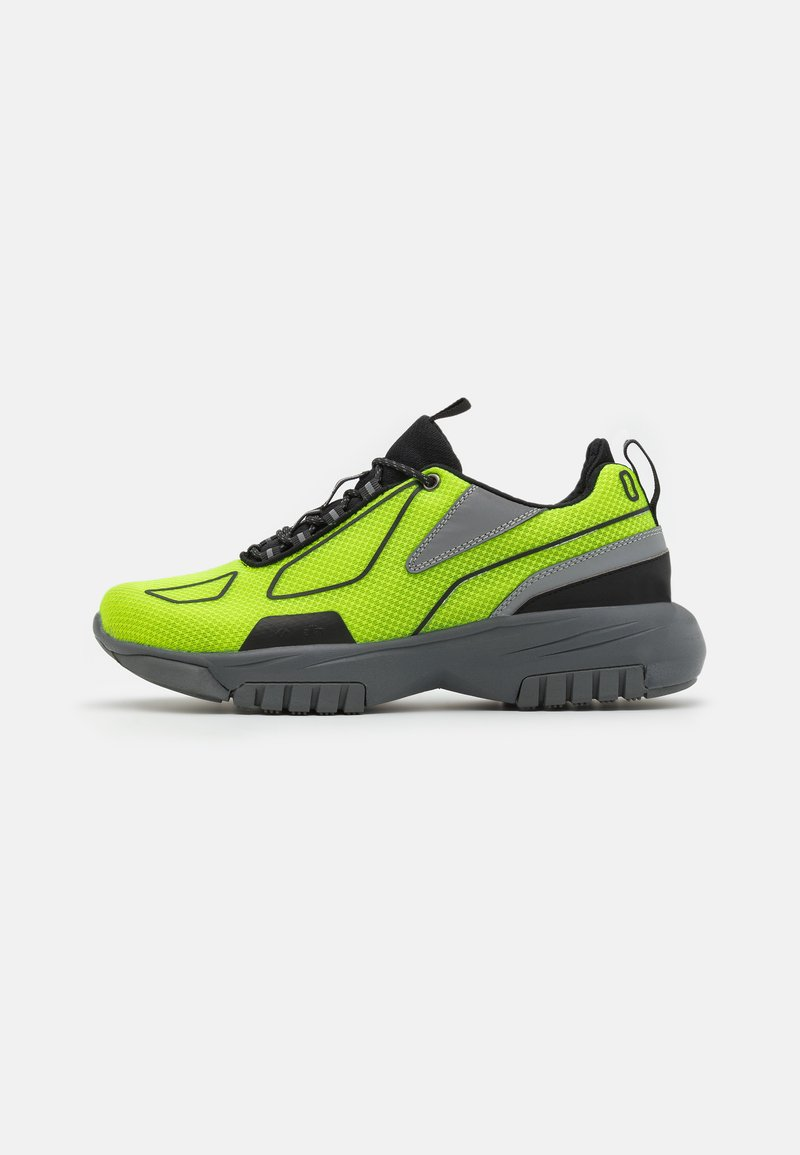 all in - XOX UNISEX - Sneakers laag - green/black