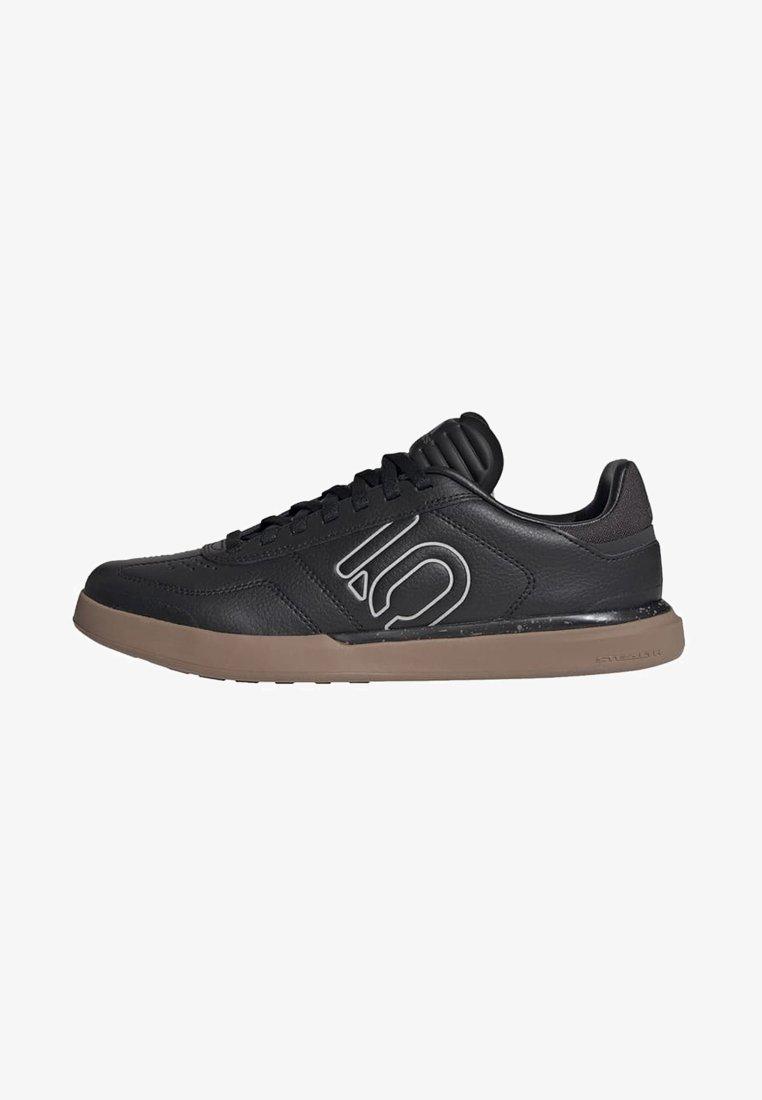 adidas Performance - FIVE TEN SLEUTH DLX MOUNTAIN BIKE SHOES - Cycling shoes - black