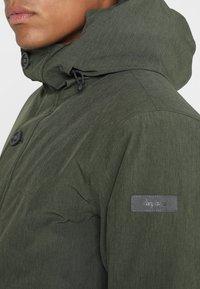 Bergans - OSLO - Bunda zprachového peří - khaki - 4