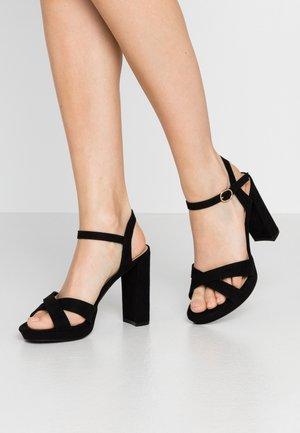 SAUCY PLATFORM  - Sandaler med høye hæler - black