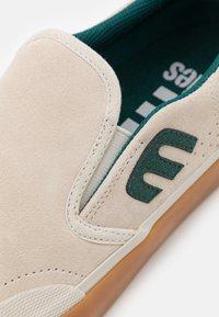 Etnies - MARANA SPLIT - Slip-ons - white/green - 5