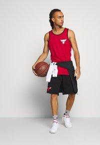 New Era - NBA TANK CHICAGO BULLS - Club wear - red - 1