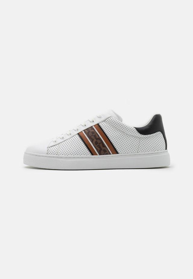 DAVID - Sneakers laag - white/fango/black