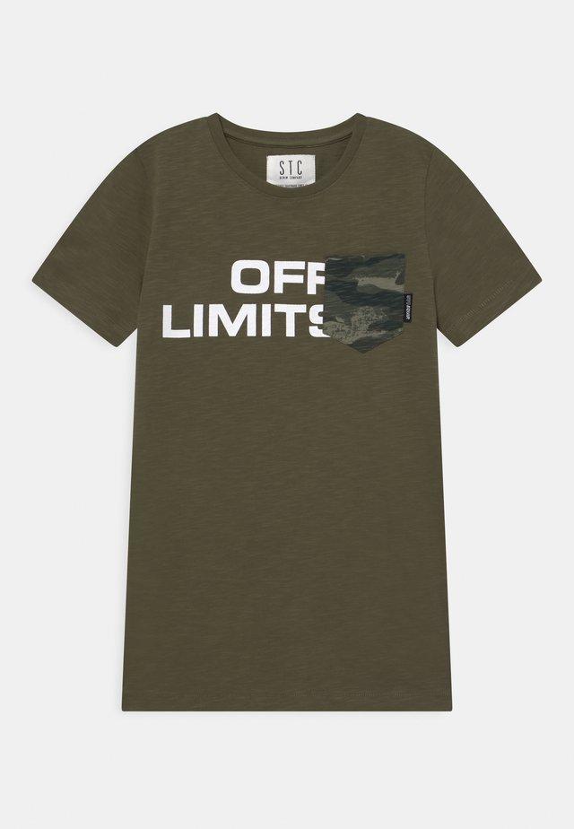 TEENAGER - T-shirt print - olive